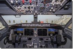 737-MAX-cockpit